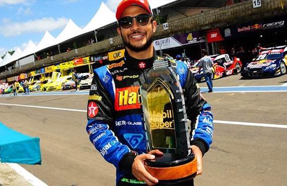 Allam Khodair conquista vitória na Stock Car