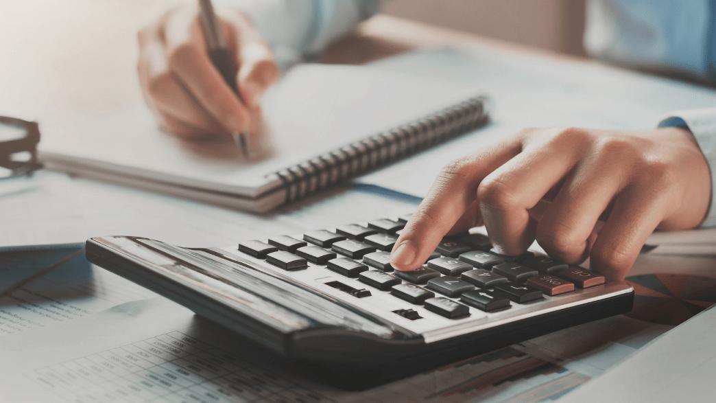 como calcular horas trabalhadas